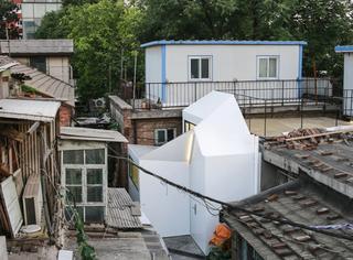 """超酷!北京女孩在老胡同里用板材""""插""""出一个新家!"""