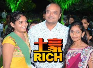 印度富豪给700个干女儿办婚礼,电视台派直升机去直播