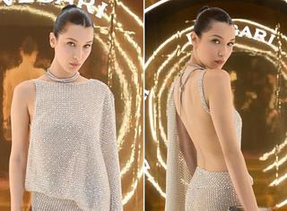 太性感了!Bella的露背礼服竟然是由施华洛世奇水晶制成的!