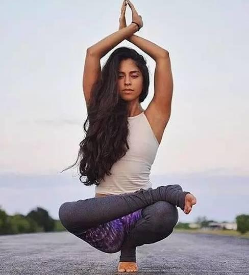 60秒瑜伽丰胸瘦身法,教你做回女神!