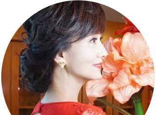 论性感,刘涛倪妮佟丽娅都输给了62岁的赵雅芝!