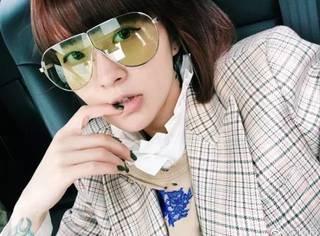她是小宋佳 宋茜 吴亦凡的御用造型师,自己更是时髦到爆炸