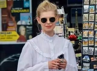 假期出门不知道穿什么?宝贝一件白衬衫就足够了!