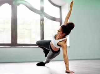 流汗就能减肥?跑步就会粗腿?这8个黑到家的健身歪理,你可能还在迷信!
