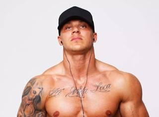 想长肌肉,掌握这16个营养关键词先!