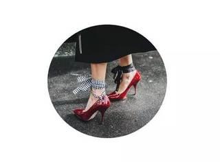 这些才是今年最流行的高跟鞋,腿长又显瘦