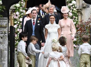"""凯特王妃妹妹大婚,乔治小王子和夏洛特小公主当花童""""霸占""""头条!"""