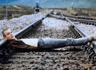 《猜火车》:十年饮冰,难凉热血