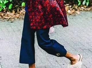 太懒穿个拖鞋出门,竟然被街拍了?OMG
