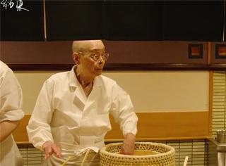 除了寿司之神,还有天妇罗之神,这部纪录片拍出的职人精神太感人了