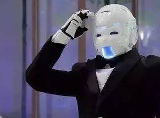 强行化妆、假装开门,快要被这些智障机器人笑死了...