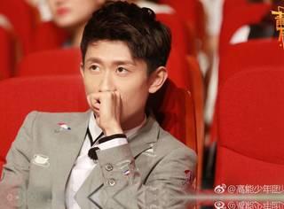 给王俊凯盖被子,干最累的活却说不累,他有的不只是演技~
