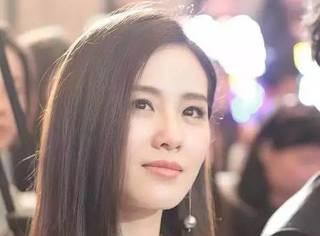 """刘诗诗最爱的""""娃娃领"""",刘嘉玲穿上也少女~"""