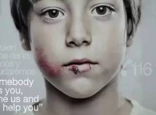 被父母虐待的小男孩却因为警察大叔而成为尖子生,谢谢你啊好心人