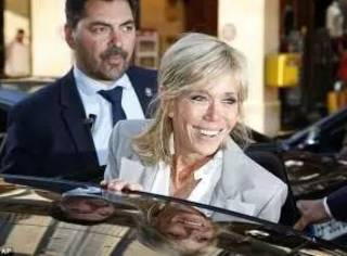 法国第一夫人不好好给LV带货跑去Dior秀,这次Dior户外丛林秀什么来头?