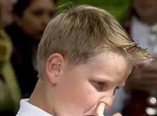 当王子这么难,居然还要我管理好自己的表情?挪威王子:我偏不!