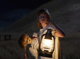 北美口碑100%好评!《安娜贝尔2》发预告,原来鬼娃娃是这样炼成