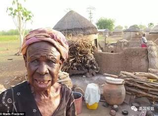 加纳女巫集中营:生存还是死亡,那只鸡说了算...