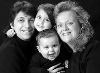 【科普】同性恋家庭的孩子可能更优秀