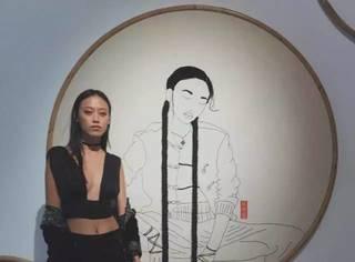 这位亚裔模特不爱逛街购物,居然爱上刺绣艺术!
