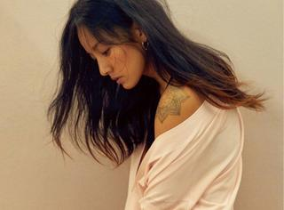 韩国第一性感女神回来了?不,是人妻回来了