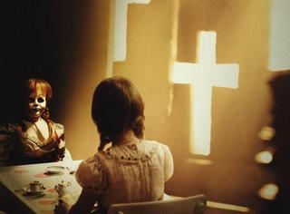 口碑逆天的《安娜贝尔2》又发片段,一个镜头就吓的不敢睡觉!