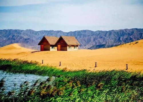 冲着《大话西游》而来,却爱上这里一半大漠一半绿洲的别致与慢城的休闲小资!