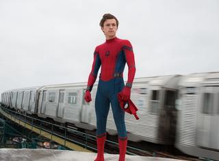 """《蜘蛛侠》预告出了!钢铁侠与""""乖乖邻家""""蜘蛛侠的互动让人笑出猪叫!"""