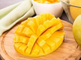 芒果控福利!教你夏天的花样吃法,况且这款汁多肉厚、香甜浓郁,实在无法拒绝!