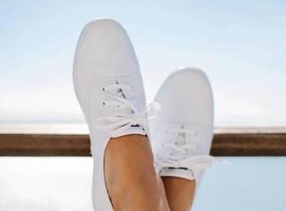 为什么你的小白鞋刷过之后不会泛黄,像新的一样