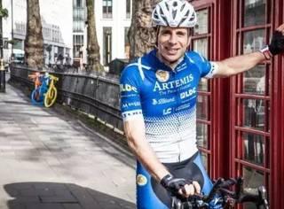 他骑行1.8万英里,穿越14个国家,超强耐力挑战80天环游世界!