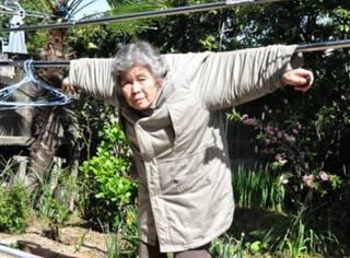 88岁的她凭什么成为「自拍女王」?