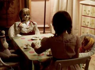 《安娜贝尔2》再度来袭,叠纸版鬼娃娃也吓得你心慌慌!
