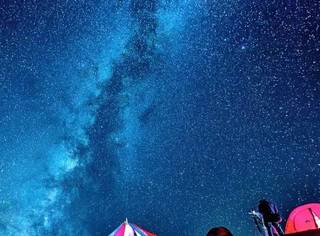 """藏族称它""""美丽神山"""",有媲美牛背山的360℃观景平台,还有一条美哭的通天路!"""