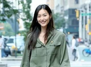 维密秀面试暴露刘雯腿短,而另一位中国超模却被内定