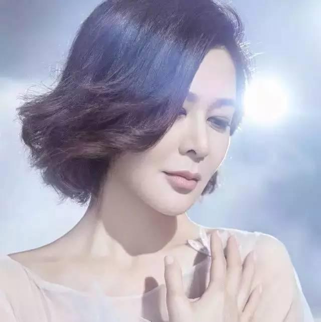 54岁的关之琳没那么美了,年龄真是女性最大的敌人吗?