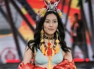 今年维秘大秀来上海了!!!刘雯秦舒培等7位中国超模将同台
