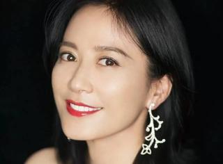 俞飞鸿每次出现都是惊艳,46岁的她让我不怕老了