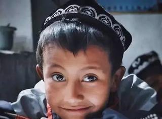 他凭一张照片夺得全球摄影冠军,让无数人看见新疆的善良和美丽