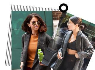 赛琳娜片场时装周出街忙,这件灰格大衣一定要给满分!!!