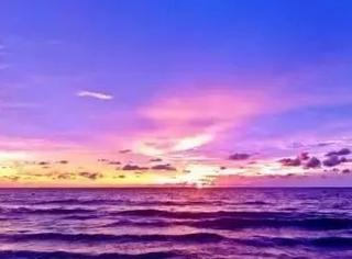 """你们都看错了,大海其实是""""紫罗兰""""色的"""