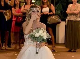 寻寻觅觅二十年未得真爱,女子选择举行一个人的婚礼
