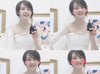 郑爽时隔20年cos宋丹丹飙演技,穿婚纱露香肩的小姐姐终于月半了
