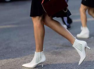 她们这样穿短靴,腿长了还时髦了!