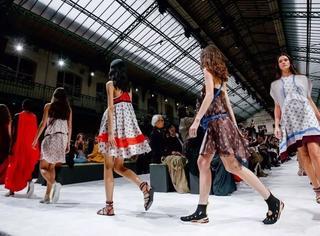 过去的巴黎时装周,这几点往往都被忽略掉了