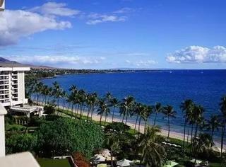 从情侣梦幻之地到隐世富豪小岛,我把夏威夷最有故事的酒店睡了一遍