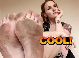 这姑娘每天在ins上晒自己的脚,一年挣55000磅