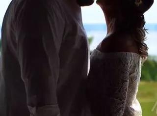 坑姐狂魔:婚纱照中的Pennywise
