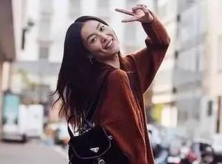 比刘雯的脸更高级的,是她身上穿的焦糖色