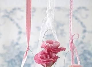 看完这个还扔旧灯泡吗?插上鲜花居然这么美!